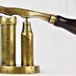 UK BAR CAP Barrel-Pillar W.R. Pape