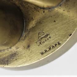 UK BAR CAP Barrel-Pillar W.R. Pape (4)